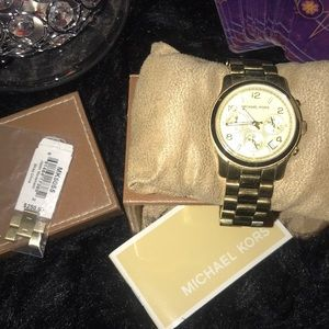 Michael Kors big face watch GOLD